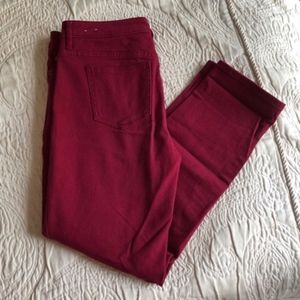 NWOT Ellen Tracy Red Cropped Pants
